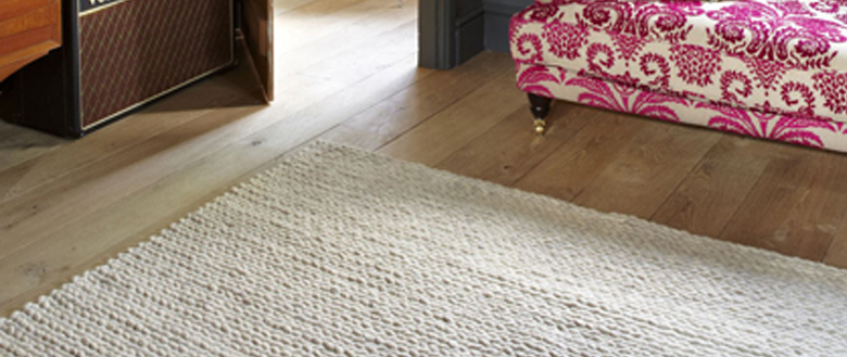The Wool From This Rug Has Been Taken Sheep Washed And Plaited To Create A Ridiculously Soft Completely Natural There S No Chemicals Or Dyes